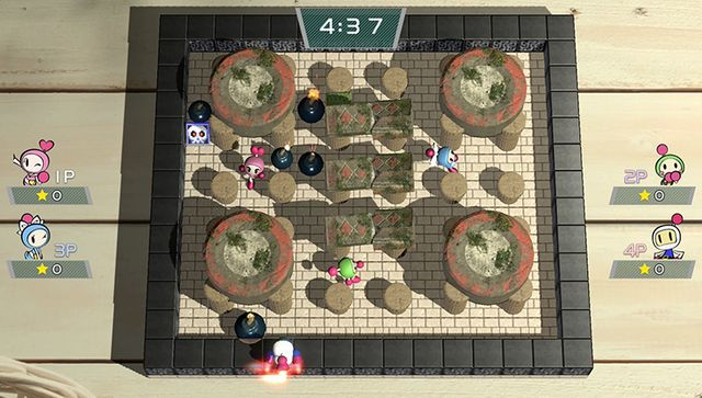 games similar to Super Bomberman R